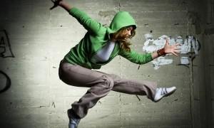 istock-girl-dancing