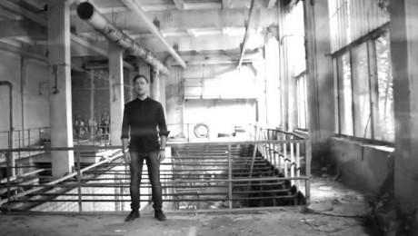 """Jānis Stībelis duetā ar Martu Ritovu piedāvā jaunu dziesmu – """"2 pasaules"""""""