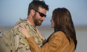 ASV kinoteātros turpina dominēt kara drāma «Amerikāņu snaiperis»