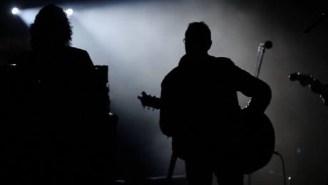 """Grupas """"bet bet"""" jaunās dziesmas video piedalās arī Ainars Virga"""