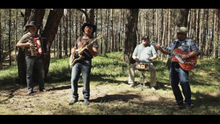 "Grupa ""Klaidonis"" turpina darbu pie jauna albuma un izdod dziesmu ""Zarus nelauz"""