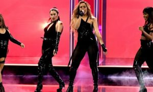 People's Choice Awards dominē Timberleiks, Spīrsa un Šeltons