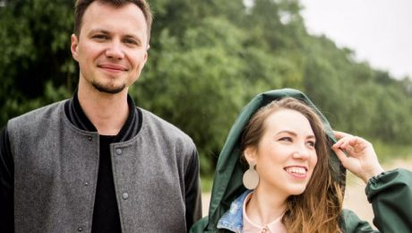 """Māra Upmane-Holšteine un DJ Rudd nāk klajā ar singlu """"Atver logu"""""""