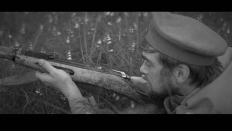 """""""Ducele"""" patriotiskajā dziesmas video skatāmas iespaidīgas Latvijas brīvības cīņu rekonstrukciju ainas!"""