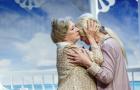 """Valmieras teātrī sezonas pēdējais jauniestudējums – Deivida Berija """"Augusta vaļi"""""""
