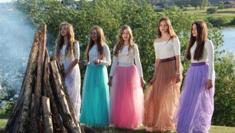 """Popgrupa """"NANDO"""" publicē skaistu veltījumu Latvijai!"""