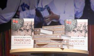 Latvijas Kultūras akadēmija Latvijas valsts simtgadē izdod Dziesmu un deju svētkiem veltītu monogrāfiju