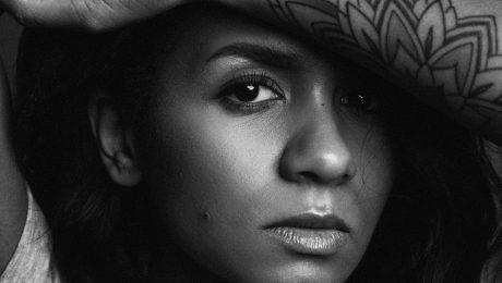 Aminatai jauns singls angļu valodā